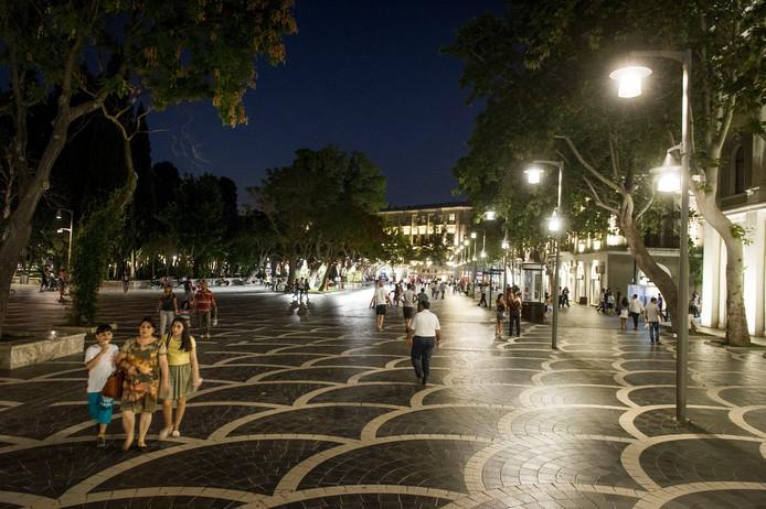 Het centrum van Bakoe is de afgelopen jaren veel moderner geworden.