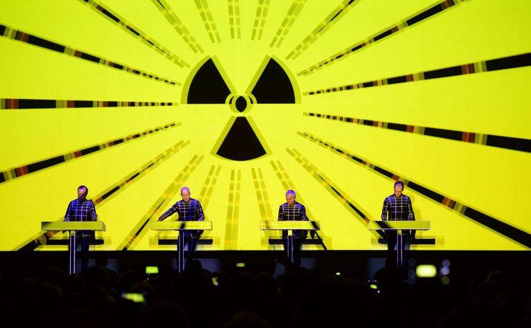Kraftwerk tijdens een concert in Berlijn. Beeld afp