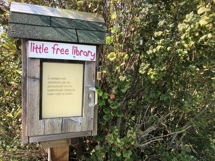 De 'little free library' aan de Kerkbuurt in Papendrecht blijft voorlopig gesloten.