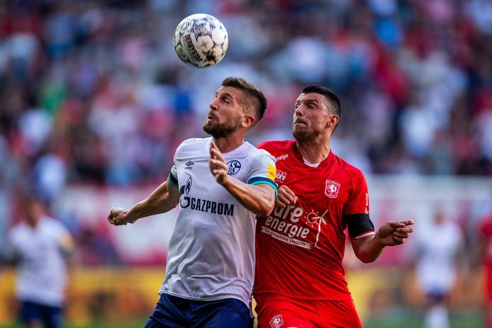 Haris Vuckic (rechts) profiteerde van de manier waarop FC Twente speelde.