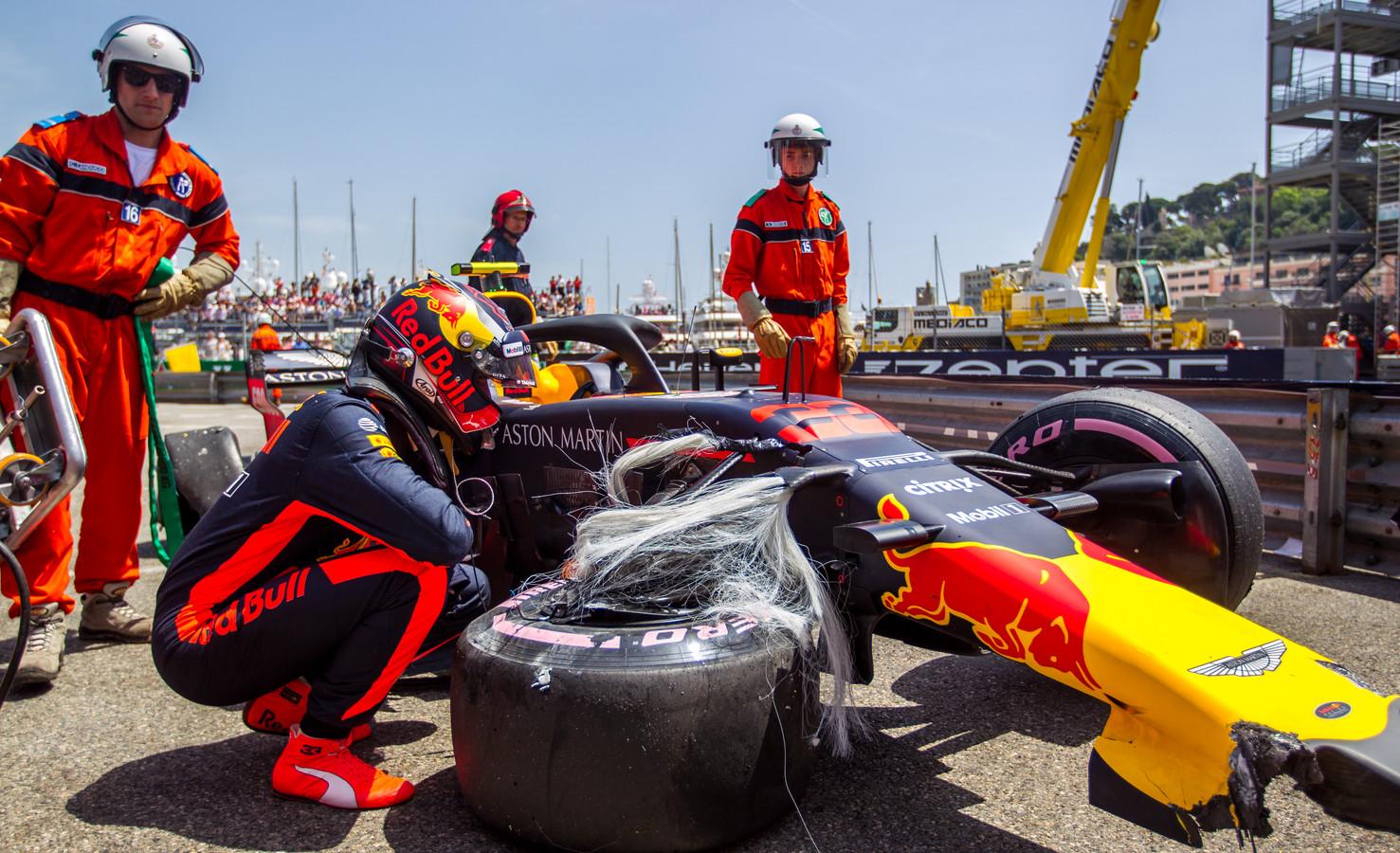 Max Verstappen crashte vorig jaar in de laatste vrije training in Monaco.