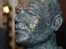 NAC-icoon Rat Verlegh huilt gele tranen: 'Bedevaartsoord voor iedere teleurgestelde supporter'