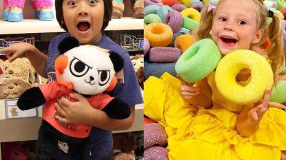 Deze piepjonge kinderen zijn grootverdieners op YouTube