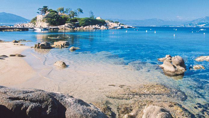 Corsica heeft tropisch aandoende pareltjes, onder meer in de beschermde Golf van Ajaccio.