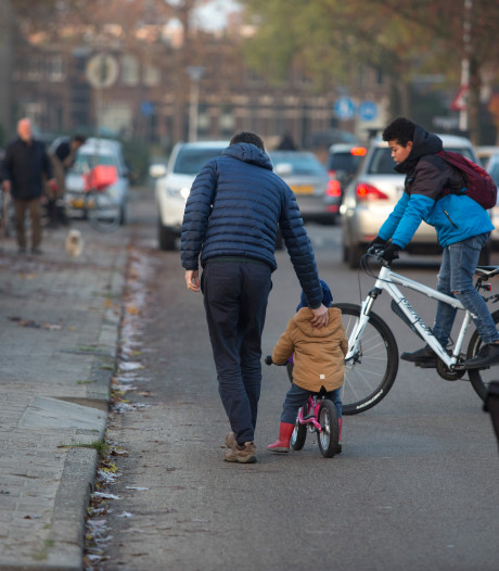 Foutparkerende ouders Potterstraat hangt boete boven het hoofd