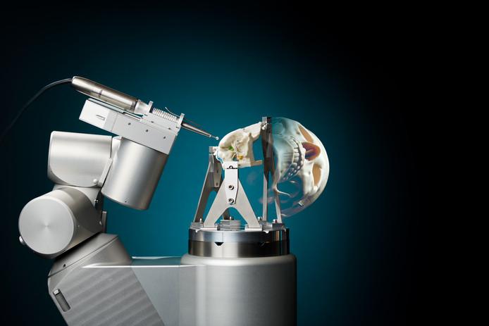 RoBoSculpt, een prototype schedelboor robot nabij de gehoorgang, promotie-ontwerp van Jordan Bos, PhD CST Mechanical Engineering, vakgroep Maarten Steinbuch, TU Eindhoven
