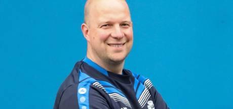 Jansen stopt na twee seizoenen als trainer van Oeken