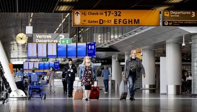 reisbranche-in-zak-en--%E2%80%98nog-dit-jaar-een-derde-van-de-banen-geschrapt%E2%80%99
