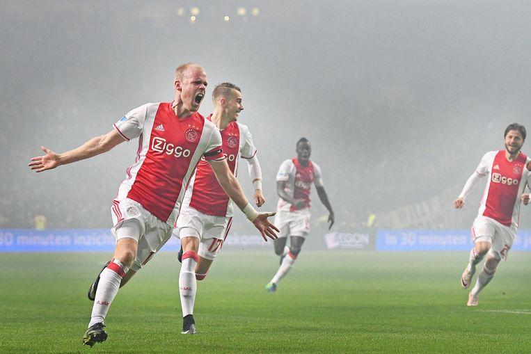 Ajax treedt aan tegen Schalke 04 Beeld Guus Dubbelman / de Volkskrant