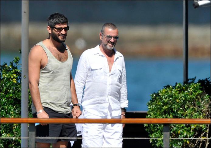 George Michael et Fadi Fawaz, lors d'un voyage en Australie, en 2012.