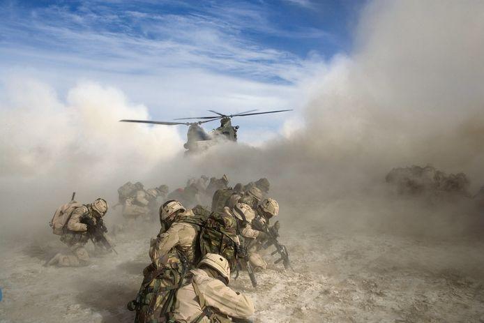 Nederlandse militairen in actie in Kandahar, Afghanistan