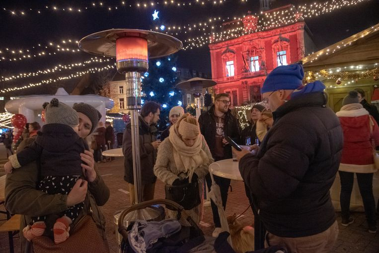 Christmas Loveland 50.000 lampjes op de kerstmarkt Wetteren.