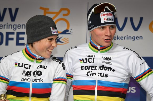 Sanne Cant en Mathieu van der Poel, wereldkampioenen onder elkaar.