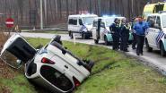 Spectaculaire politieachtervolging eindigt met crash