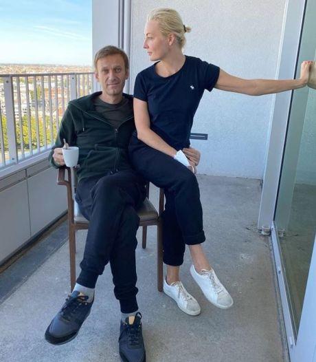 Vergiftigde Navalny eist zijn kleren terug: 'Het is zeer belangrijk bewijsmateriaal'