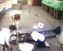 Leden van de studentenvereniging braken het terras onder.