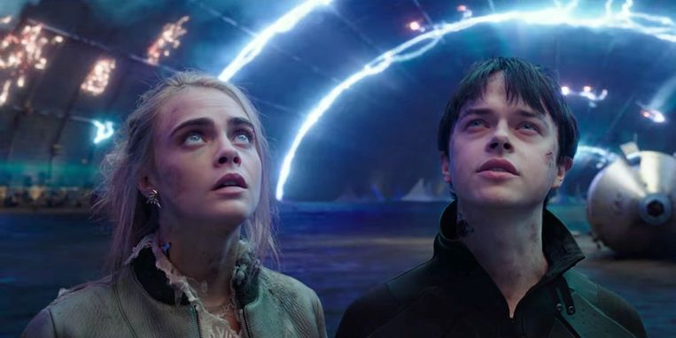 Cara Delevingne en Dane DeHaan in Valerian and the City of a Thousand Planets van Luc Besson Beeld