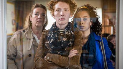 """'De Luizenmoeder'-actrice Hélène Devos kampt met bipolaire stoornis: """"Ik hoop dat ik ooit zonder medicatie kan"""""""
