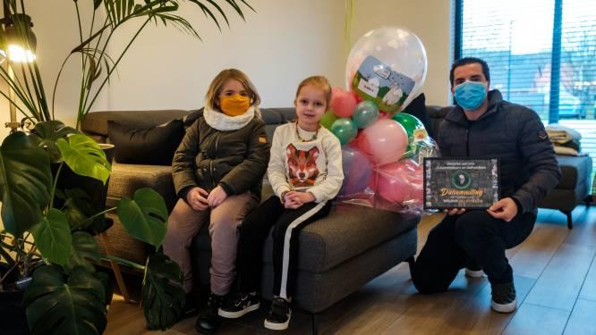 """Duivenverkoop voor Collette (4) levert 12.980 euro op: """"Een recordbedrag"""""""