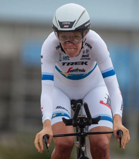 Bizar: fietsen van Trek-vrouwen gestolen, Van Dijk rijdt op fiets van Koen de Kort