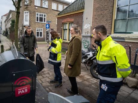 Wethouder Cathelijne Bouwkamp: 'Elke vervuilde container in Arnhem is er één te veel'