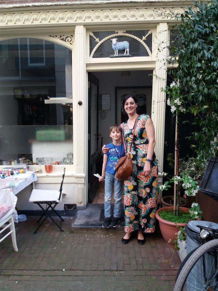 Marieke de Kleijn en haar zoon Reijmer. Beeld -