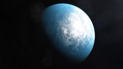 NASA ontdekt nieuwe planeet die mogelijk bewoonbaar is (met dank aan haar 'planetenjager')
