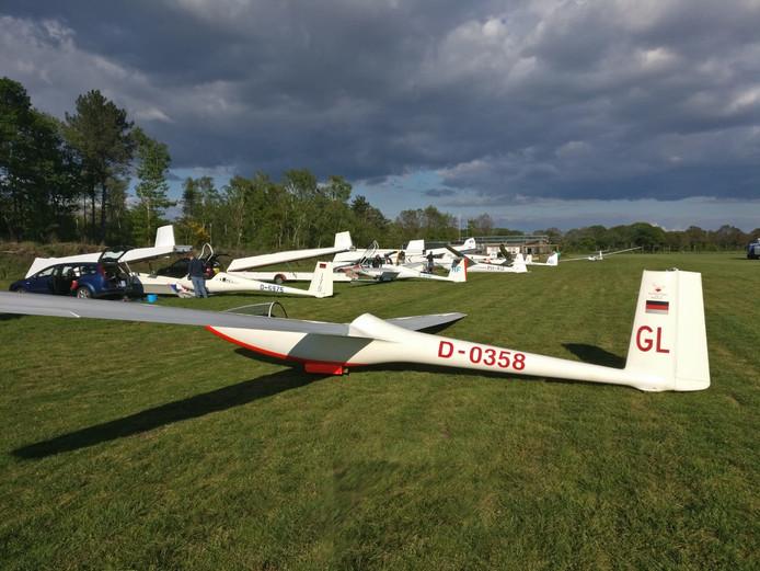 De zweefvliegtuigen van de Volkelse club zijn een aantal weken lang te vinden in Nistelrode.