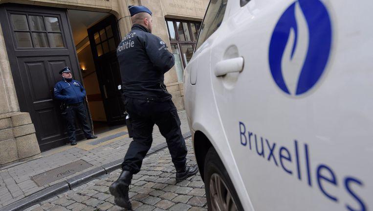 Beveiliging bij een Brussels politiekantoor Beeld photo_news