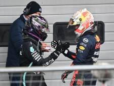 Hamilton evenaart Schumacher met 91ste GP-zege, Verstappen tweede na vermakelijke race