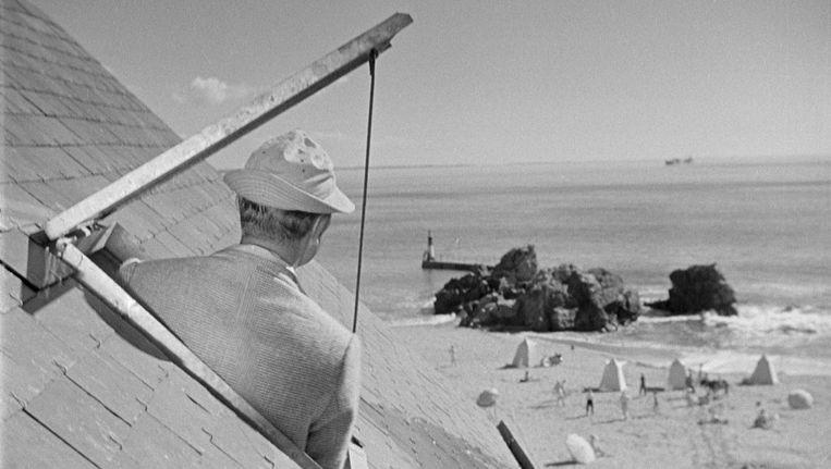 Jacques Tati in Les vacances de Monsieur Hulot. Beeld
