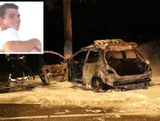 """Anthony redt man uit brandende auto: """"10 tellen later en het was gedaan"""""""