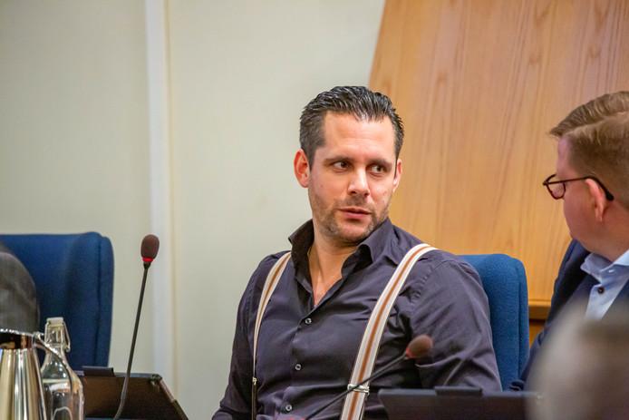 De Bergse wethouder Barry Jacobs heeft het nog altijd gesloten zwembad De Schelp in portefeuille gekregen. Een hoofdpijndossier, maar ook een kans om zich te bewijzen.