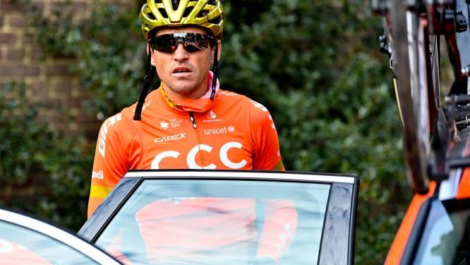 """Van Avermaet rijdt op training snelste beklimming van Kwaremont ooit, maar start toch niet: """"Dat het maar snel zondagavond is"""""""