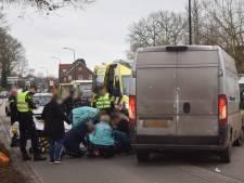 Opnieuw fietsster aangereden op Kruisbergseweg: vrouw naar ziekenhuis