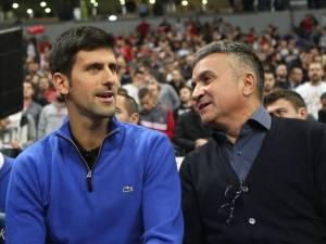 """Le père de Djokovic rejette la faute sur Dimitrov: """"Il a causé beaucoup de dégâts"""""""