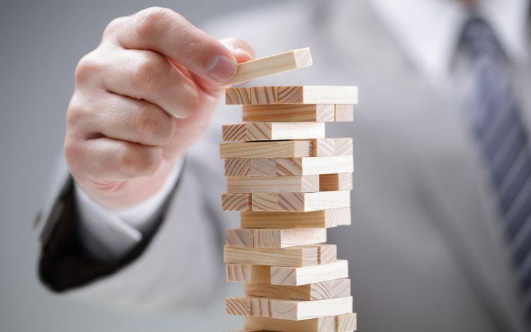 Meer risico nemen loont, maar de verliezen zijn zwaar als het fout loopt.