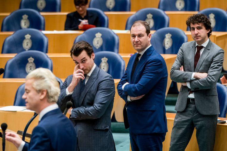 De fractievoorzitters Wilders, Baudet, Asscher en Klaver in debat met premier Rutte over de aanpak van het coronavirus. Beeld Freek van den Bergh / de Volkskrant