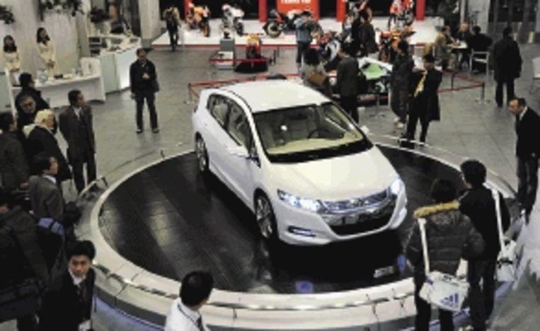 De vraag naar grote auto¿s is sterk gedaald. ( FOTO ANP ) Beeld AP