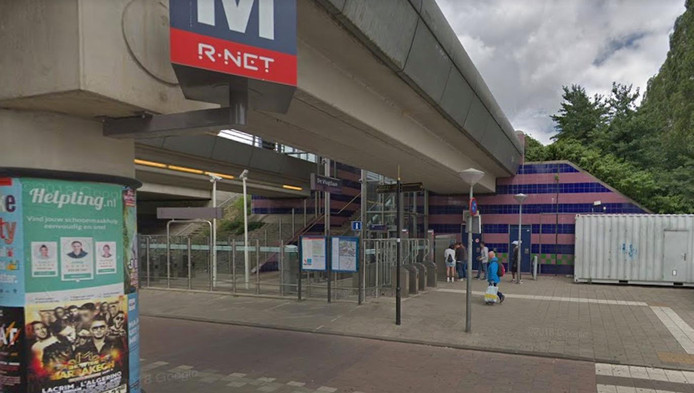Metrostation De Vlugtlaan.