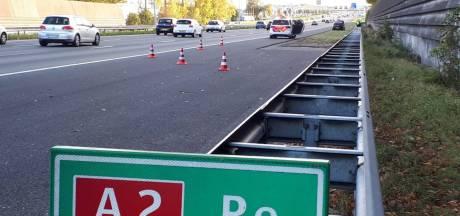 Automobilisten negeren rood kruis op A2 bij Zaltbommel na pechgeval