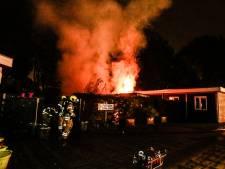 Brand op terrein De Merwebolder in Sliedrecht
