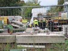 Persoon valt van steiger op bouwplaats in Tiel