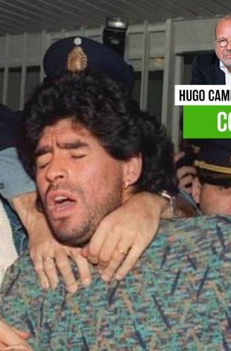 """Hugo Camps zag hoe Maradona in regie van de maffia gemanipuleerd werd als uithangbord: """"Altijd in de schijnwerpers staan, kan ook dodelijk zijn"""""""
