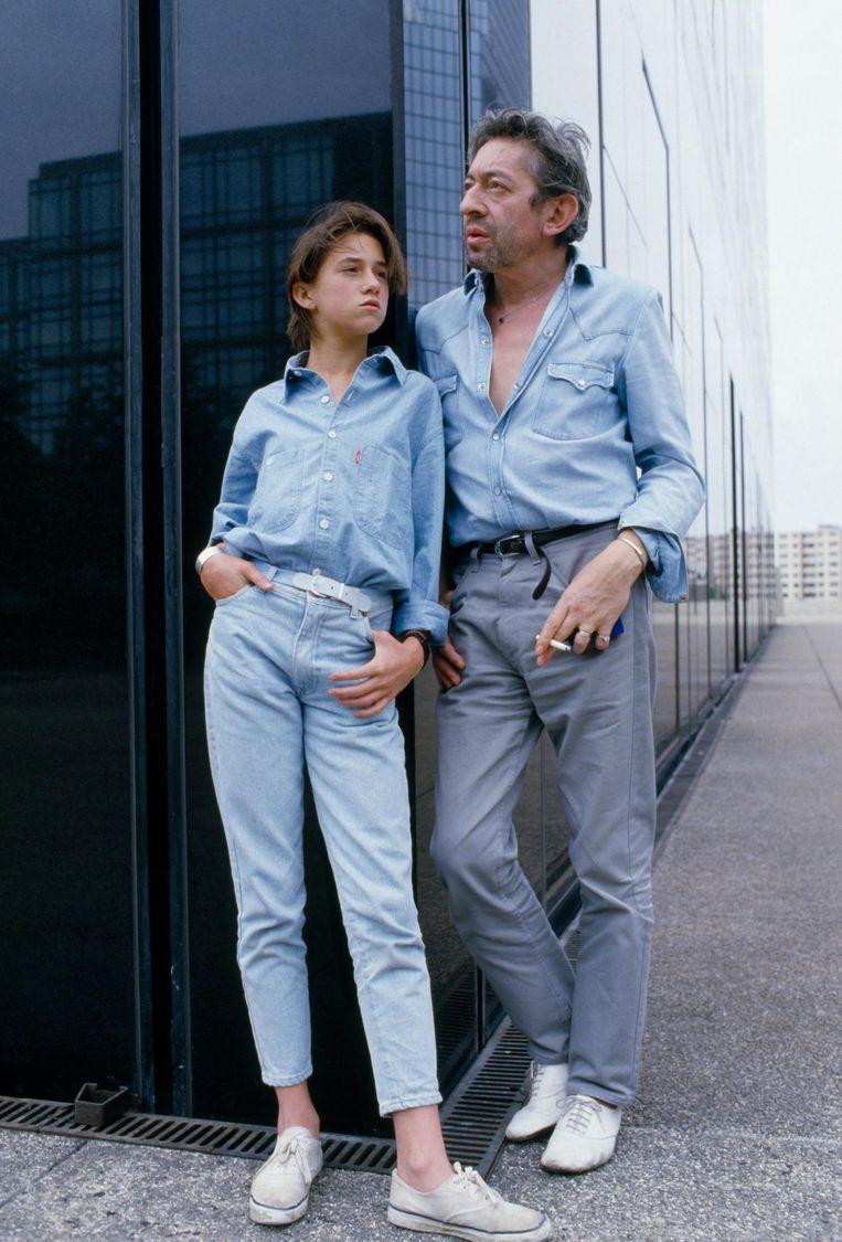 Charlotte en haar vader Serge Gainsbourg Beeld null