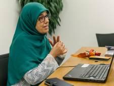 Marzouka (53) schiet te hulp wanneer een taalbarrière voor coronapaniek zorgt: 'Een vrouw waste groente met chloor'