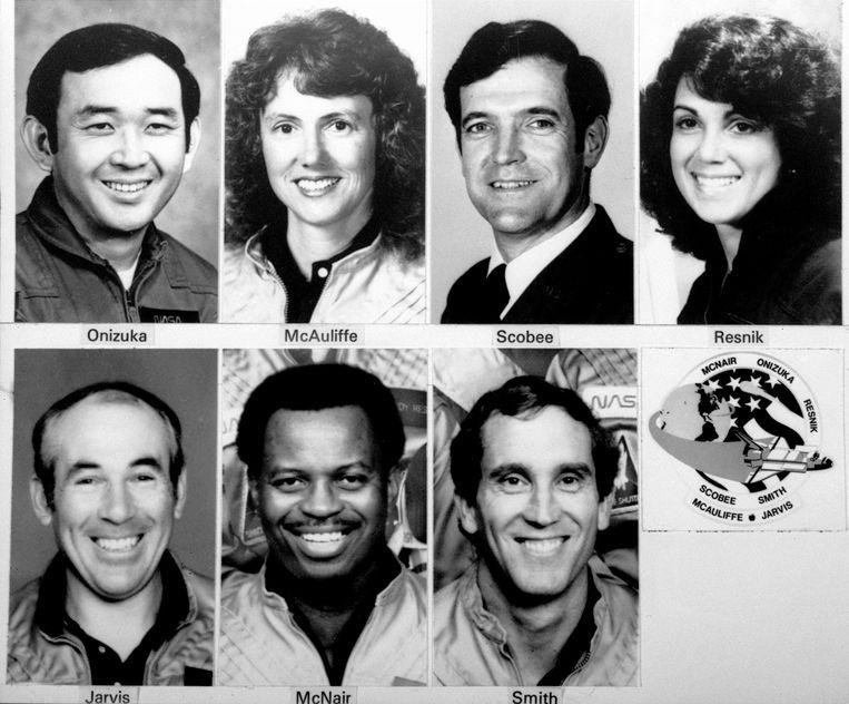 Samen met Francis 'Dick' Scobee (46), Michael J. Smith (40), Ellison Onizuka (39), Judith Resnick (36), Ronald McNair (35) en Gregory Jarvis (41) stapte de 37-jarige lerares aan boord van de Challenger Spaceshuttle.