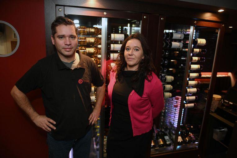 Koen Jaspers werkt al acht jaar als kok in De Dry Tonghen en ook gastvrouw Sarah Vervoort heeft al een rijk horecaverleden.