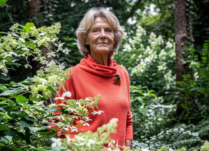 """Prinses Irene steunt het verzet tegen het kappen van het bos achter Paleis Soestdijk: ,,We zijn geschokt."""""""