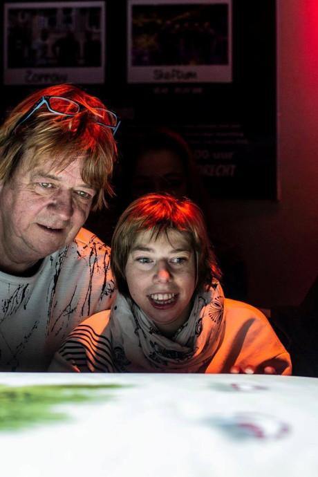 Benefietconcert in Dordts Dolhuis brengt genoeg geld op voor tweede Tovertafel